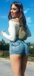 https://i.pinimg.com/736x/24/b5/f6/24b5f617b91877dda8e0b5ffe89e8738--daisy-dukes-hot-shorts.jpg